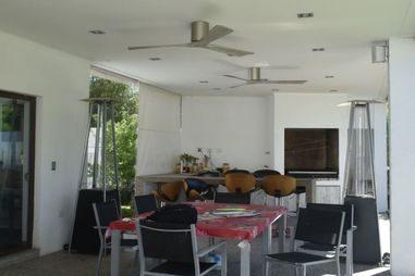 ventilateur plafond avec une télécommande incluse